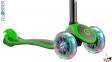 Самокат GLOBBER PRIMO PLUS TITANIUM со светящимися колесами зеленый 6